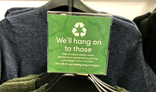 sign for recycling plastics